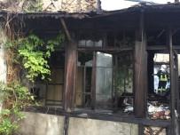 TARİHİ BİNA - Tarihi Binaların Bulunduğu Sokakta İkinci Yangın