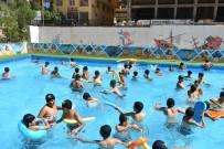 SOSYAL PROJE - 65 Bin Çocuk Yüzmenin Keyfini Yaşadı