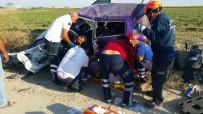 Aksaray'da Otomobil Takla Attı Açıklaması 1'İ Bebek 3 Yaralı