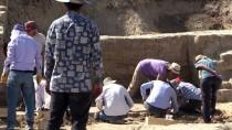 BENZERLIK - Arslantepe'deki Kazılarla 'Devlet Sistemi'nin İzi Sürülüyor