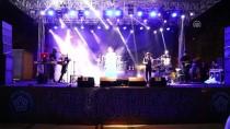 Burcu Güneş, Tekirdağ'da Konser Verdi