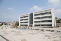 Bursa Merkez Anadolu İmamatip Lisesi Yeni Binalarıyla Yeni Eğitim Dönemine Hazırlanıyor