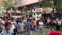 BOMBA İMHA UZMANLARI - Kağıthane'de Şüpheli Bavul Fünyeyle Patlatıldı