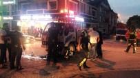Kamyonet Yunus Polisleriyle Çarpıştı Açıklaması 2 Polis Yaralı