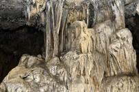 GIZEMLI - Efsaneleriyle Ünlü Mağara Turizme Açılmayı Bekliyor