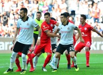 ATİBA HUTCHİNSON - Hazırlık Maçı Açıklaması Beşiktaş Açıklaması 2 - Altınordu Açıklaması 1