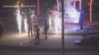 Kavşakta Yapılan Evlilik Teklifi Şehir Polis Kamerasına Takıldı