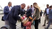 FERİT MELEN - Kültür Ve Turizm Bakanı Ersoy Van Urartu Müzesi'ni Gezdi