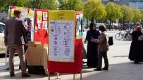 BAŞÖRTÜLÜ - Müslüman Kadınların Sorunlarını Anlatırken Bile Hakarete Uğradılar