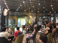 TRAFİK EĞİTİMİ - Polis Vatandaşlara Trafik Eğitimi Verdi