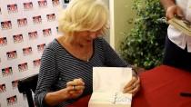 AYŞE KULIN - Yazar Ayşe Kulin, Bodrum'da Okurlarıyla Buluştu
