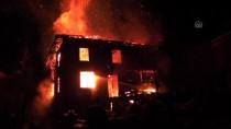 HASAN DOĞAN - Düzce'de 3 Katlı Ahşap Ev Yandı