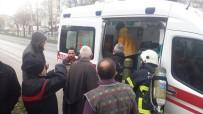 NECATI ÇELIK - Kocaeli'de Çıkan Ev Yangınında Dumandan Etkilenen 6 Kişi Hastanelik Oldu