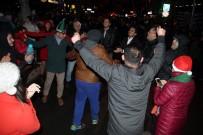 TAKSIM - Türkiye Yeni Yıla 'Merhaba' Dedi