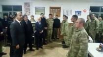 ŞANLIURFA VALİSİ - Vali Ve Komutanlar Yeni Yıla Sınırdaki Askerlerle Birlikte Girdi