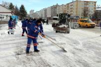 Belediyeden Kar Küreme Ve Solüsyon Çalışması