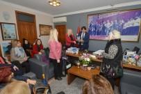 EDEBIYAT - Foçalı Kadınlar Başkan Demirağ'ı Ziyaret Etti