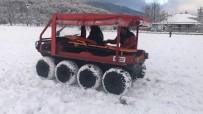 YARIŞ - İzmir İtfaiyesi'nin Aracı Kar Kış Dinlemiyor