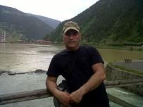 Kalp Krizi Geçiren Öğretim Görevlisi Hayatını Kaybetti