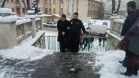EMEKLİ ALBAY - Kütahya'da FETÖ'nün 'Mahrem İmamları'na Yönelik Operasyon