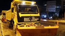 CAN GÜVENLİĞİ - Mardin'de 47 İş Makinesiyle Karla Mücadele