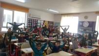 MEHMET DEMIR - Minik Öğrencilerden Mehmetçiğe Atkı Ve Bereli, Mektuplu Destek