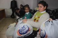 AHMET ARİF - Siverek'te İhtiyaç Sahibi Öğrencilere Giysi Yardımı