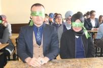 Ağrı'da Öğrenciler Gözlerini Bağlayıp Engelli Oldular