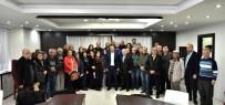 FUTBOL SAHASI - Başkan Uysal, Kırcamililerle Buluştu