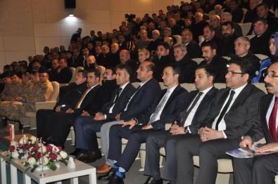 Bitlis'te Muhtarlar Toplantısı