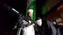 CAMİİ - Camiye İlgiyi Arttırmak İçin Caminin Damına Teleskop Kurdu