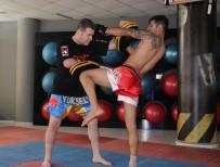 PORSUK - Eskişehir Uluslararası Muay Thai- Kick Boks Turnuvasına Hazırlanıyor