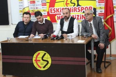 Eskişehirspor'da dağılma süreci başladı