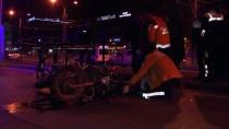 MOTOSİKLET SÜRÜCÜSÜ - Kocaeli'de Motosiklet Temizlik Aracına Çarptı Açıklaması 1 Ölü