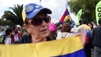 Kolombiya'daki Venezuelalı muhalifler eylem yaptı