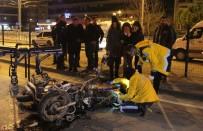 MOTOSİKLET SÜRÜCÜSÜ - Motosiklet Yol Temizleme Aracına Çarptı Açıklaması 1 Ölü