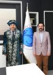 AHMET YESEVI - Rektör Karacoşkun'a Kazakistan'ın Geleneksel Kıyafeti Şapan Hediye Edildi