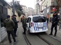 TAKSIM - Taksim Meydanında Kaybolan Güney Afrikalı Çocuk İçin Polis Seferber Oldu