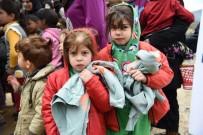 MÜLTECI - Türkiye'den Arsel Kampı'na Kış Yardımı