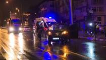 İSVIÇRE - Ankara'da Otomobil Aydınlatma Direğine Çarptı Açıklaması 4 Yaralı