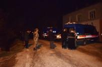 SİLAHLI SALDIRI - Cinayete Kurban Giden Anne Kız Toprağa Verildi