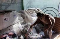 İÇ SAVAŞ - Kilis'te Yaşayan Filistinlilere Battaniye Dağıtıldı