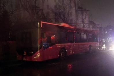 Park otobüs alev alev yandı