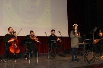 Öğrencilerden Söyledikleri Türkülerle Eğlendirdi