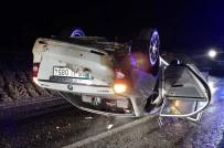 TAHKİKAT - Otomobil Takla Attı Açıklaması 5 Yaralı
