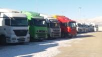 (Özel) Dondurucu Soğukta 26 Gündür Özbekistan'a Geçmeyi Bekliyorlar