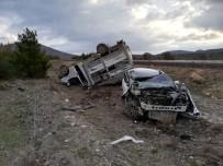 Uşak'ta Trafik Kazası Açıklaması 3 Yaralı