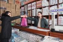 ÇEVRE VE ŞEHİRCİLİK BAKANLIĞI - Van'da Kilo İşi Poşet Satışları Arttı