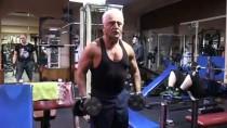 KURUYEMİŞ - 70 Yaşında Vücut Geliştirme Sporu Yapıyor