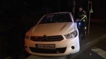 ATAKÖY - Bakırköy'de Polisten Kaçan Alkollü Sürücü Kaza Yapınca Yakalandı